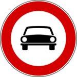 Transito autoveicoli vietato